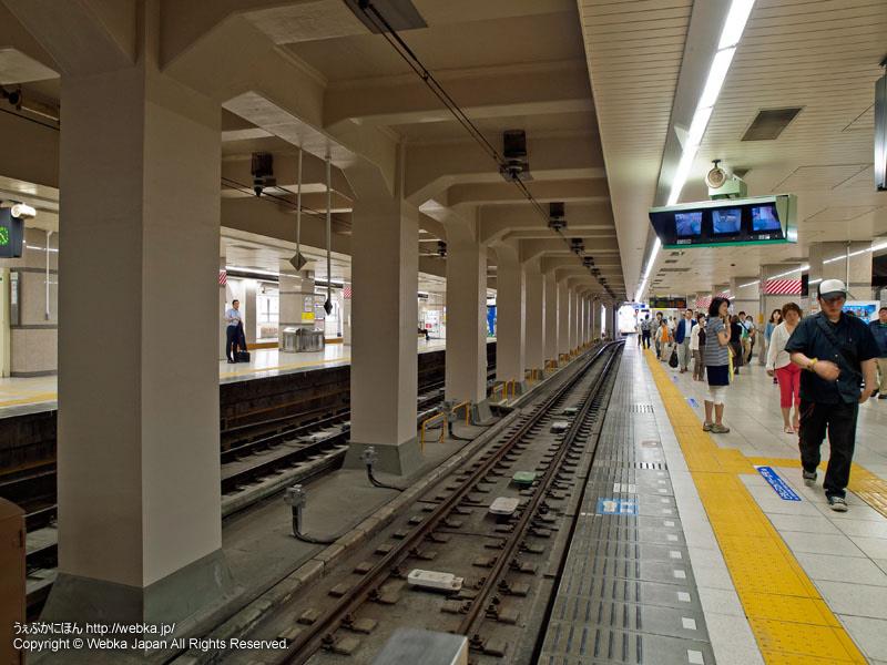 東武伊勢崎線(東武スカイツリーライン)浅草駅のホーム - photo7