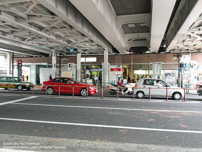 中目黒駅の高架下の出入口(山手通り) - photo6