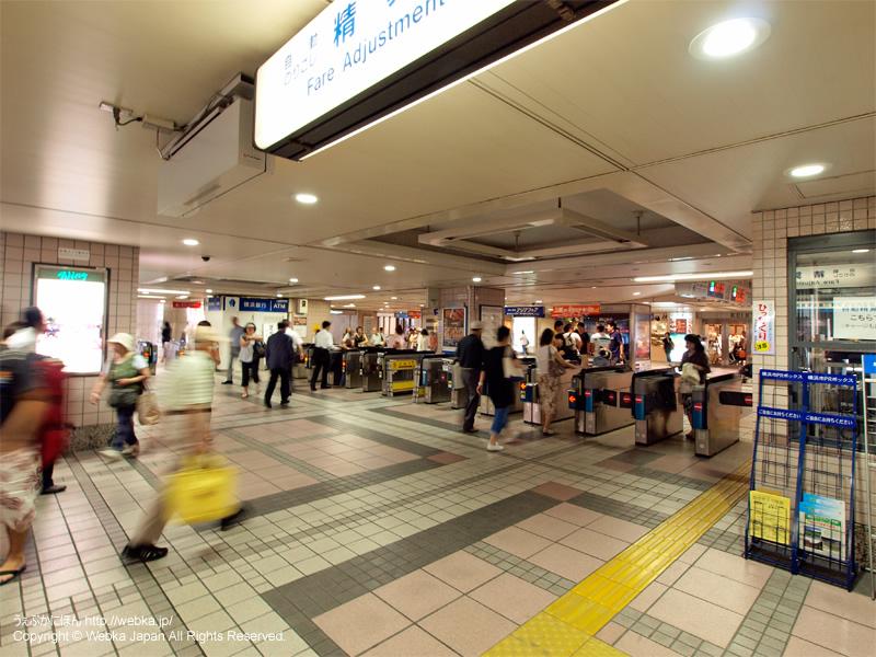 上大岡駅の改札 - photo8