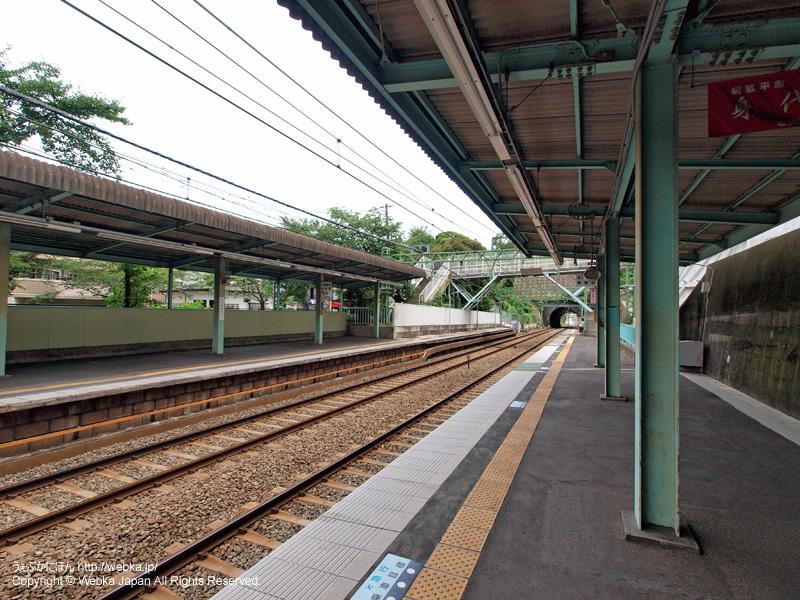 弘明寺駅(京急)ホーム - photo3