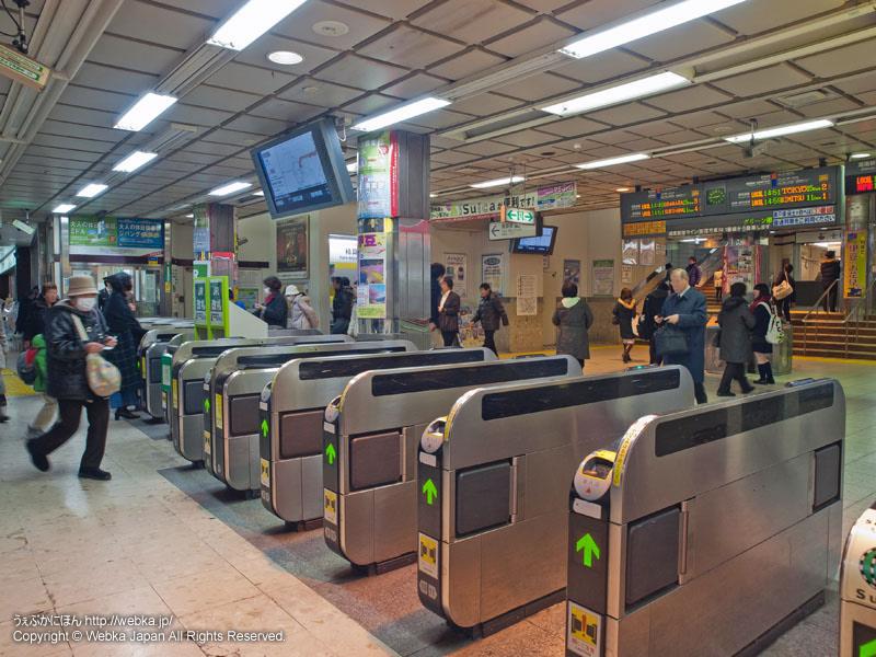 JR戸塚駅の地下の改札 - photo8