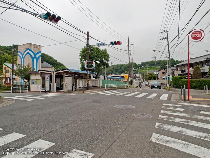 舞岡駅前の道岐橋交差点と駐輪場 - photo11