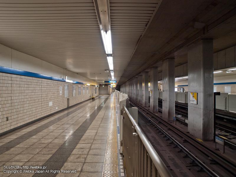 舞岡駅の2番線ホーム - photo9