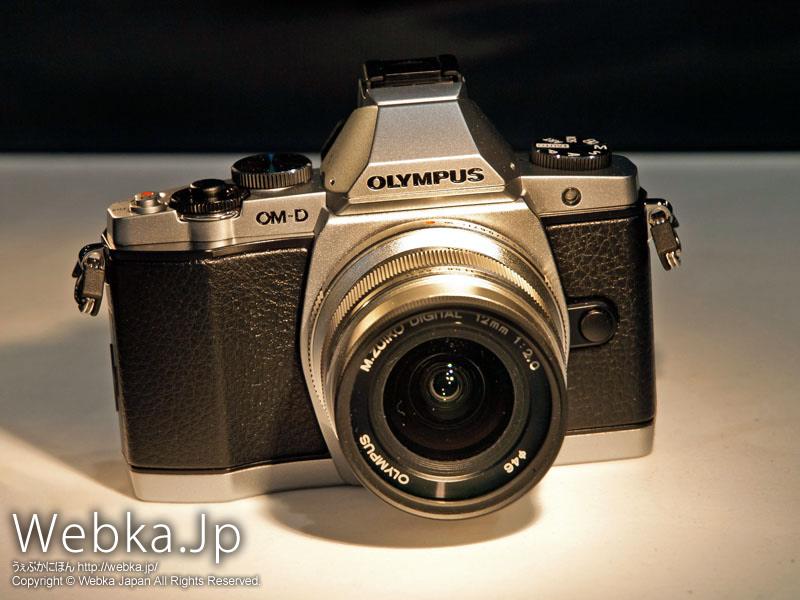 OLYMPUS OM-D E-M5 シルバーカラー